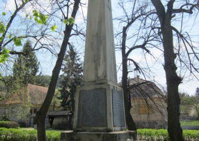 Nagybörzsöny I. világháborús emlékmű 2013.04.21. küldő-kalyhas (4)