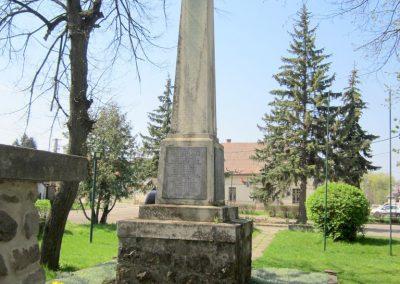 Nagybörzsöny I. világháborús emlékmű 2013.04.21. küldő-kalyhas (6)