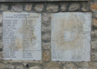 Nagybajom II.vh emlékmű 2007.06.23.küldő-Zsóki (1)