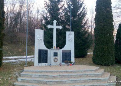 Nagybakónak világháborús emlékmű 2019.02.21. küldő-Kulik Gergely (1)