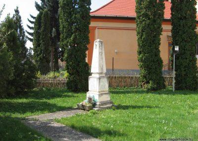 Nagyberki világháborús emlékmű 2009.04.04. küldő-kalyhas