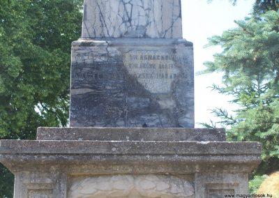 Nagycsány világháborús emlékmű 2009.05.23.küldő-Horváth Zsolt (4)