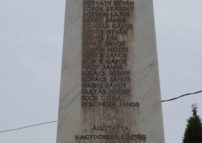 Nagydobsza világháborús emlékmű 2009.03.23.küldő-sümec (2)