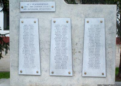 Nagydorog világháborús emlékmű 2010.05.02.küldő-Horváth Zsolt (1)