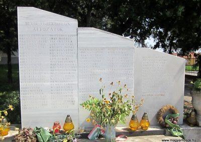 Nagyecsed világháborús emlékmű 2014.08.04. küldő-kalyhas (7)