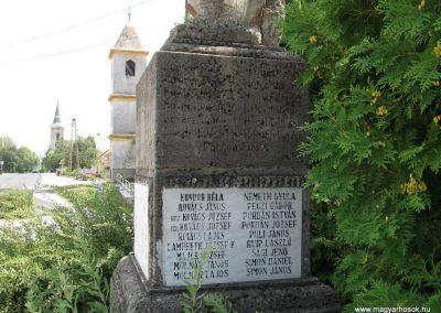 Nagygyimót világháborús emlékmű 2010.07.21. küldő-kalyhas (9)
