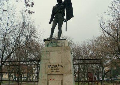 Nagykáta I. világháborús emlékmű 2012.12.28. küldő-Kurunczi István (1)