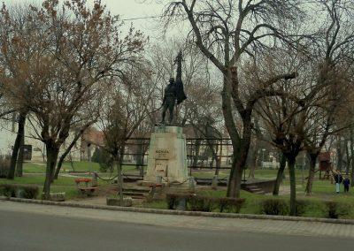 Nagykáta I. világháborús emlékmű 2012.12.28. küldő-Kurunczi István