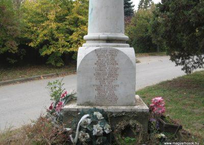 Nagykörü II.vh emlékmű 2008.10.23.küldő-Kályhás (3)