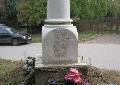 Nagykörü II.vh emlékmű 2008.10.23.küldő-Kályhás (4)