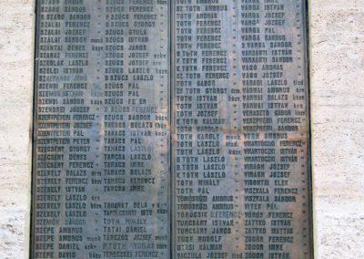 Nagykőrös I. világháborús emlékmű 2014.10.12. küldő-Emese (23)