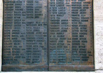 Nagykőrös I. világháborús emlékmű 2014.10.12. küldő-Emese (25)