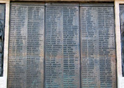 Nagykőrös I. világháborús emlékmű 2014.10.12. küldő-Emese (5)