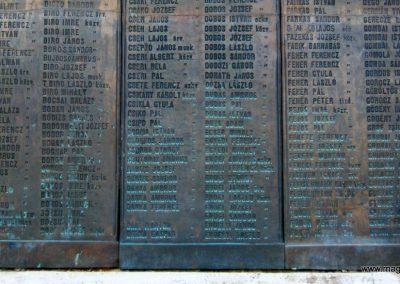 Nagykőrös I. világháborús emlékmű 2014.10.12. küldő-Emese (7)