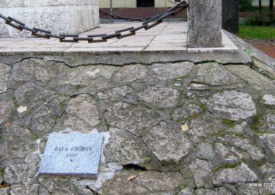 Nagykőrös I. világháborús emlékmű 2014.10.12. küldő-Emese (9)