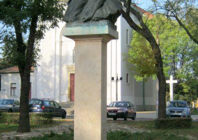 Nagykőrös II. világháborús emlékmű 2014.10.12. küldő-Emese (1)