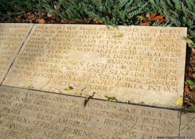 Nagykőrös II. világháborús emlékmű 2014.10.12. küldő-Emese (20)