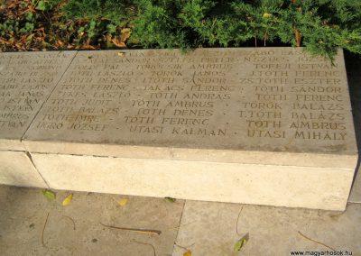 Nagykőrös II. világháborús emlékmű 2014.10.12. küldő-Emese (23)