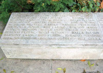Nagykőrös II. világháborús emlékmű 2014.10.12. küldő-Emese (3)