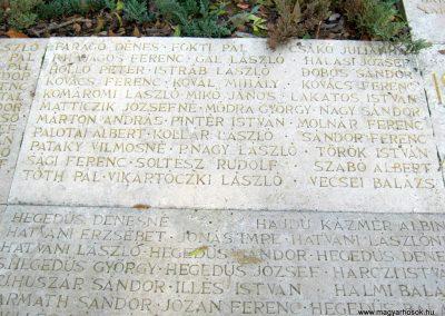 Nagykőrös II. világháborús emlékmű 2014.10.12. küldő-Emese (7)