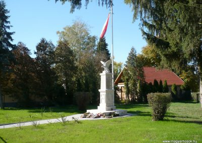 Nagykanizsa - Bajcsa világháborús emlékmű 2013.10.17. küldő-Sümec