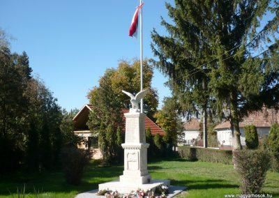 Nagykanizsa - Bajcsa világháborús emlékmű 2013.10.17. küldő-Sümec (6)