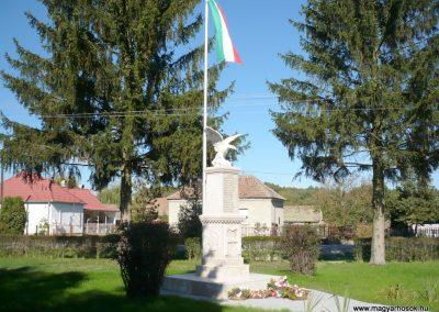 Nagykanizsa - Bajcsa világháborús emlékmű 2013.10.17. küldő-Sümec (9)