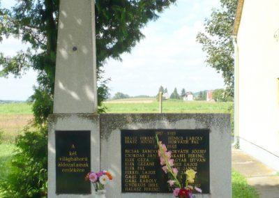 Nagykanizsa-Palin világháborús emlékmű 2010.08.17. küldő-Sümec (1)