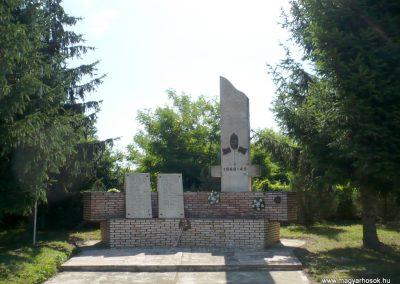 Nagykorpád II. világháborús emlékmű 2012.06.28. küldő-Sümec