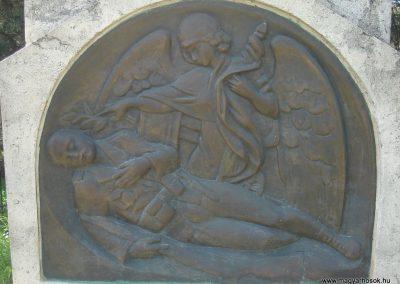 Nagykovácsi világháborús emlékmű 2008.05.07.küldő-Huszár Peti (3)