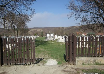 Nagylóc világháborús emlékmű 2012.04.03. küldő-kalyhas