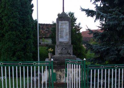 Nagylengyel világháborús emlékmű 2008.07.17.küldő-HunMi