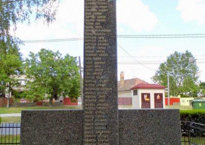 Nagymegyer II. világháborús emlékmű 2014.06.18. küldő-Méri (2)