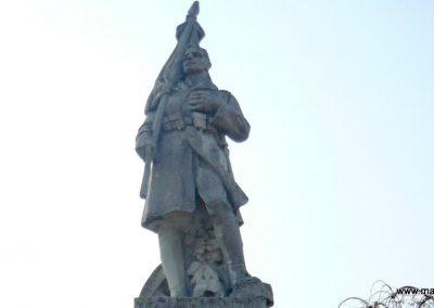Nagyoroszi világháborús emlékmű 2009.04.13. küldő-Ágca (2)
