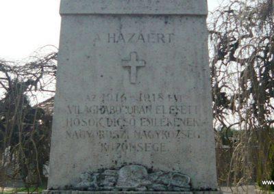 Nagyoroszi világháborús emlékmű 2009.04.13. küldő-Ágca (3)