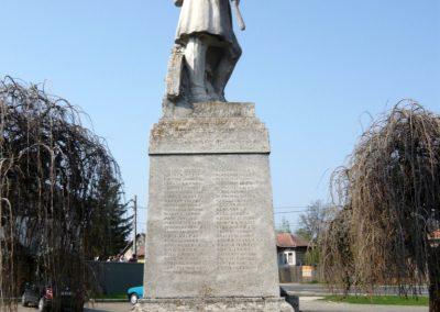Nagyoroszi világháborús emlékmű 2009.04.13. küldő-Ágca (5)
