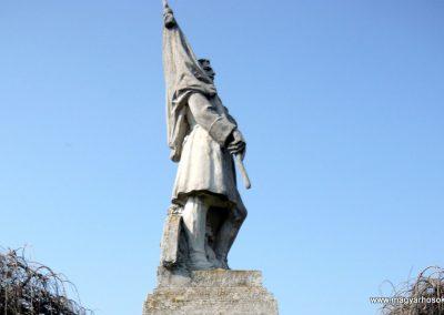 Nagyoroszi világháborús emlékmű 2009.04.13. küldő-Ágca (6)