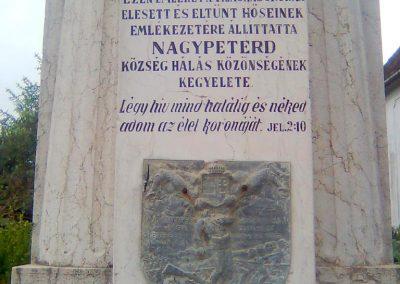 Nagypeterd világháborús emlékmű 2012.05.14. küldő-KRySZ (3)