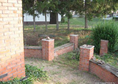 Nagyréde II.vh emlékmű 2009.08.25.küldő-kalyhas (3)