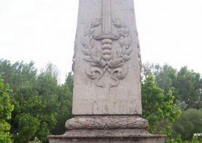 Nagyrév világháborús emlékmű 2009.05.14. küldő-miki (2)