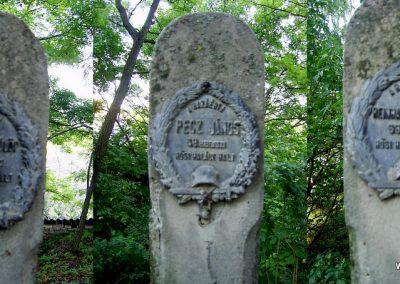 Nagyszékely világháborús emlékmű és katonasírok 2011.09.18. küldő-Bagoly András (7)
