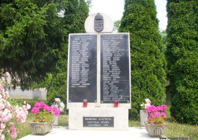 Nagytilaj világháborús emlékmű 2011.06.18. küldő-HunMi