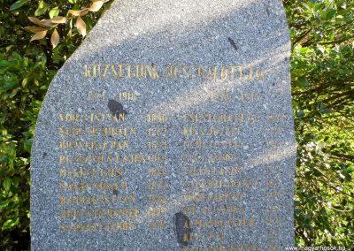 Nagyudvarnok világháborús emlékmű 2014.06.23. küldő-Méri (2)