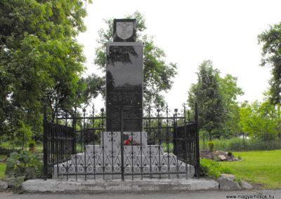 Nagyváty világháborús emlékmű 2010.05.22. küldő-KRySZ