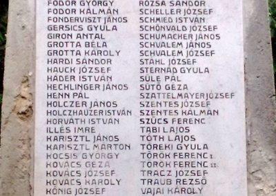 Nagyvázsony hősi emlékmű 2010.08.07. küldő-Horváth Zsolt (2)