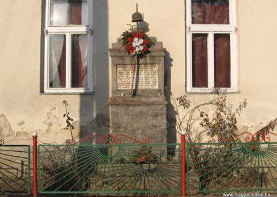 Nagyvisnyó I.vh emlékmű 2008.02.18. küldő-kalyhas
