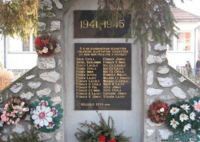 Nagyvisnyó II.vh emlékmű 2008.02.18. küldő-kalyhas (1)