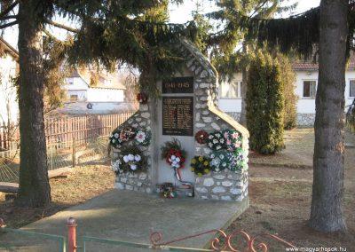Nagyvisnyó II.vh emlékmű 2008.02.18. küldő-kalyhas