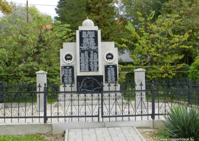 Nemesapáti világháborús emlékmű 2017.10.08. küldő-Huber Csabáné