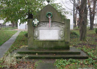 Nemesbikk I.vh emlékmű 2007.11.20.küldő-Kályhás